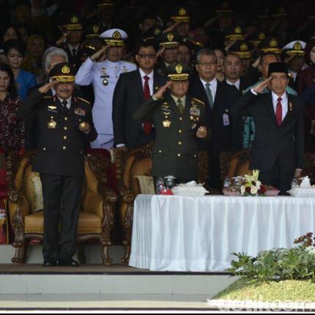 Pesan Jokowi kepada 793 Perwira Remaja TNI-Polri yang Baru Dilantik