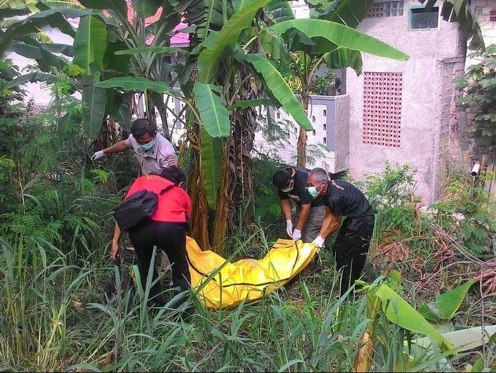 Sempat Dikira Boneka, Ternyata Mayat Pria di Semak-semak di Bogor