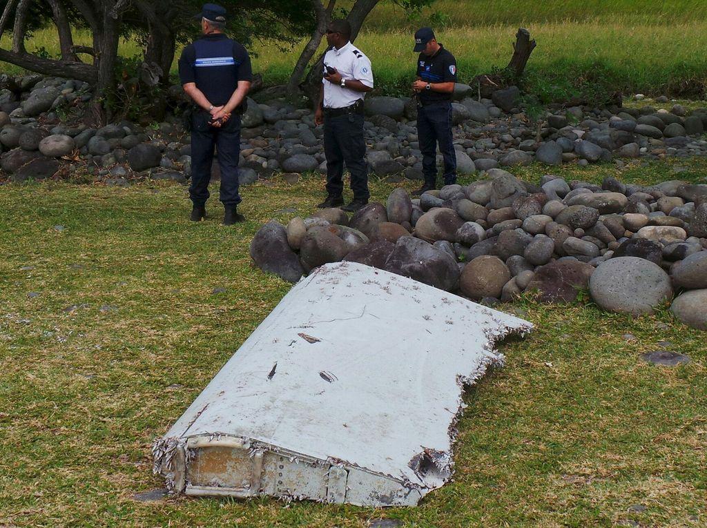 Puing Pesawat, Koper dan Botol Indonesia Bakal Menguak Misteri MH370?