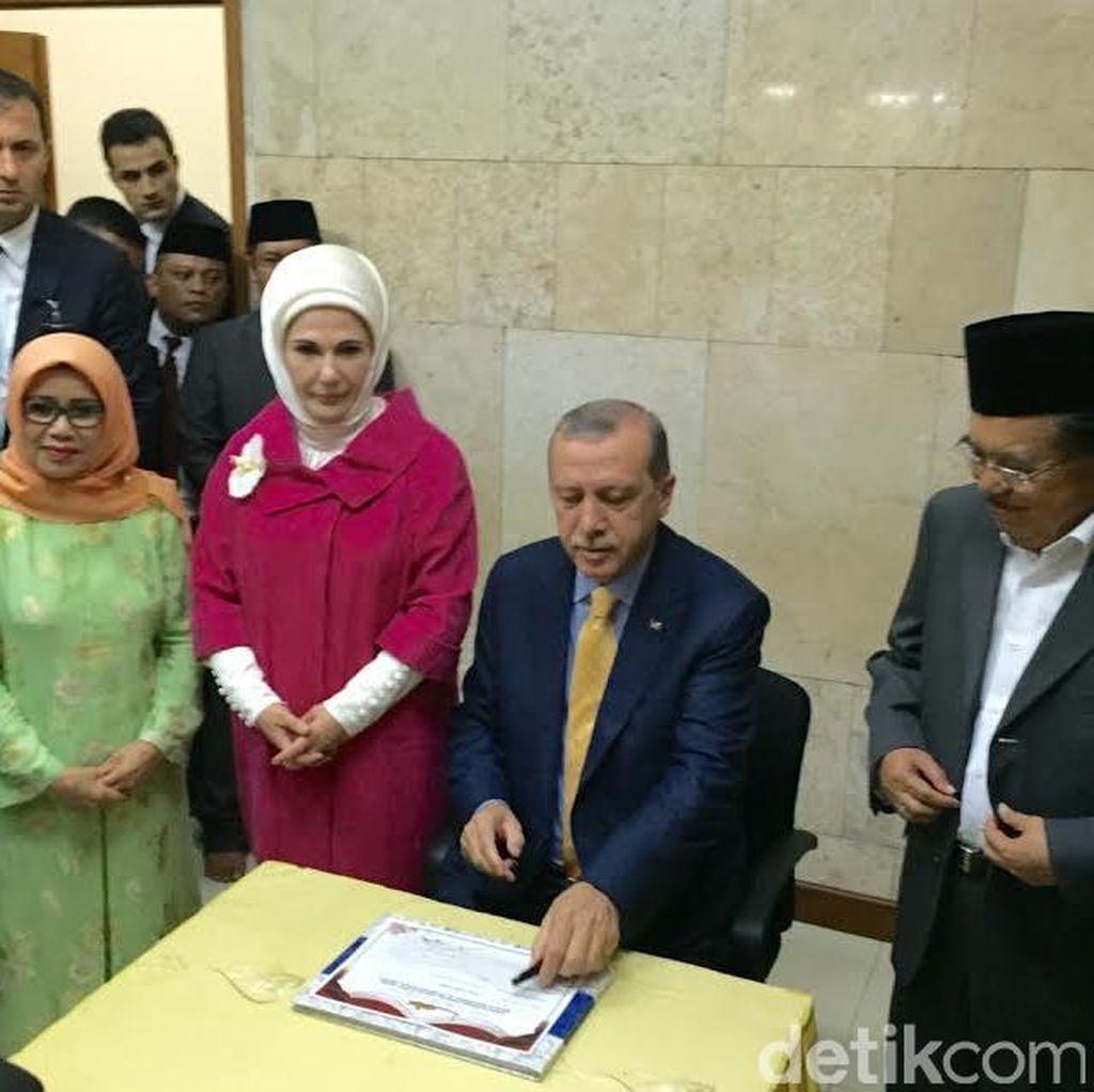 Bertemu dengan Presiden Erdogen, JK Bahas Perdagangan dan Alutsista