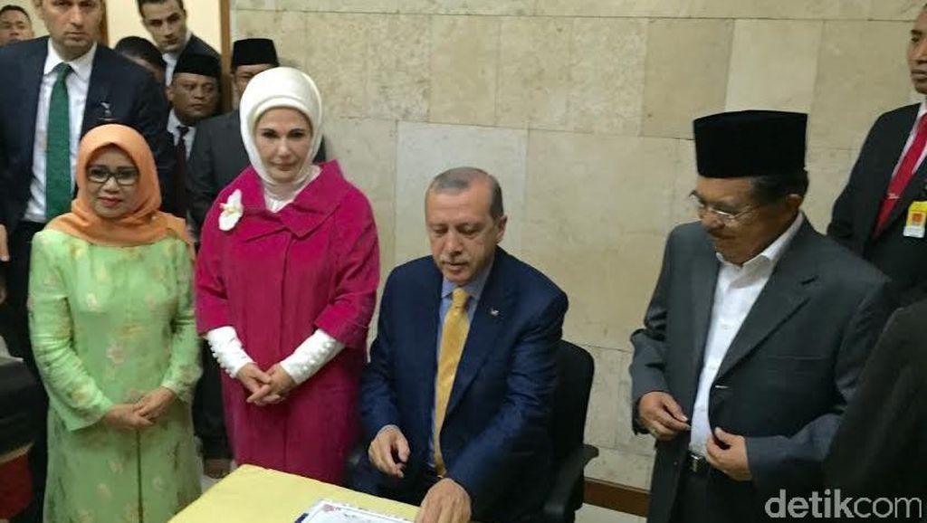 Erdogan Kagumi Megahnya Masjid Istiqlal