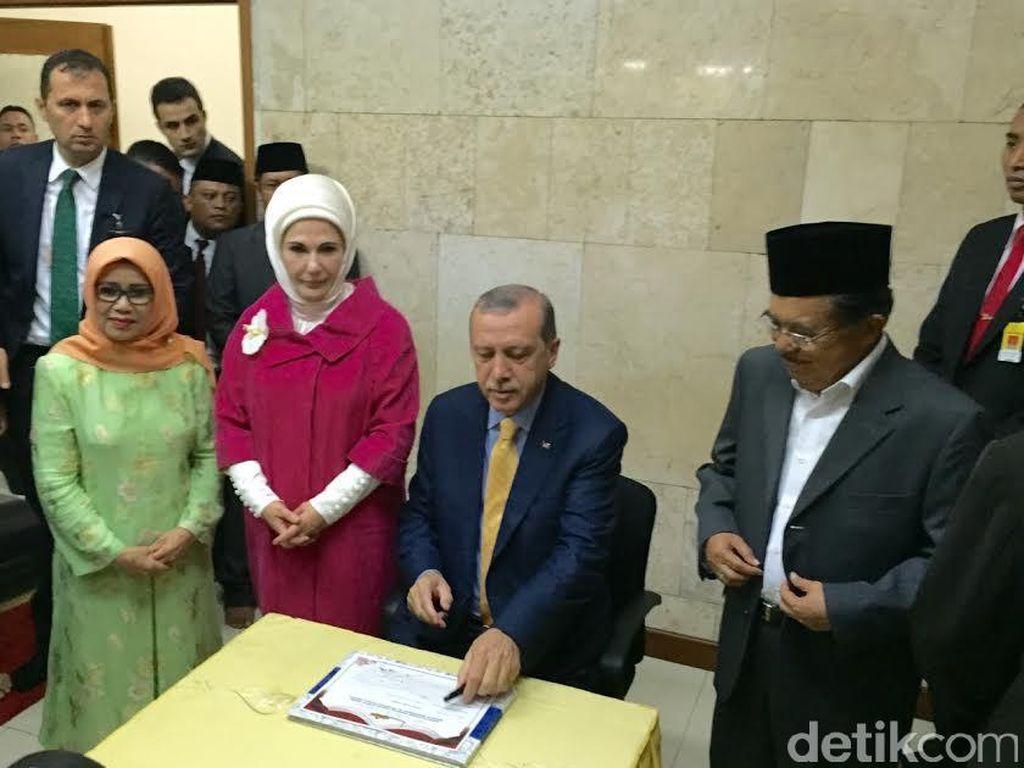 Bahas ISIS dengan Erdogan, JK: Gejala Kita Sama, tapi Turki Lebih Berat