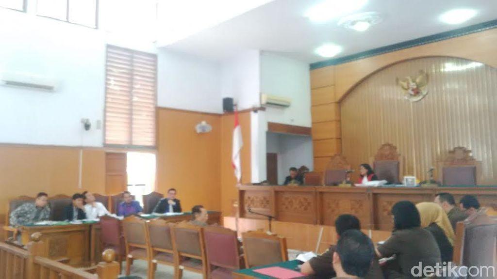 Pengacara Dahlan Iskan dan Kejari DKI Serahkan Berkas Kesimpulan Praperadilan