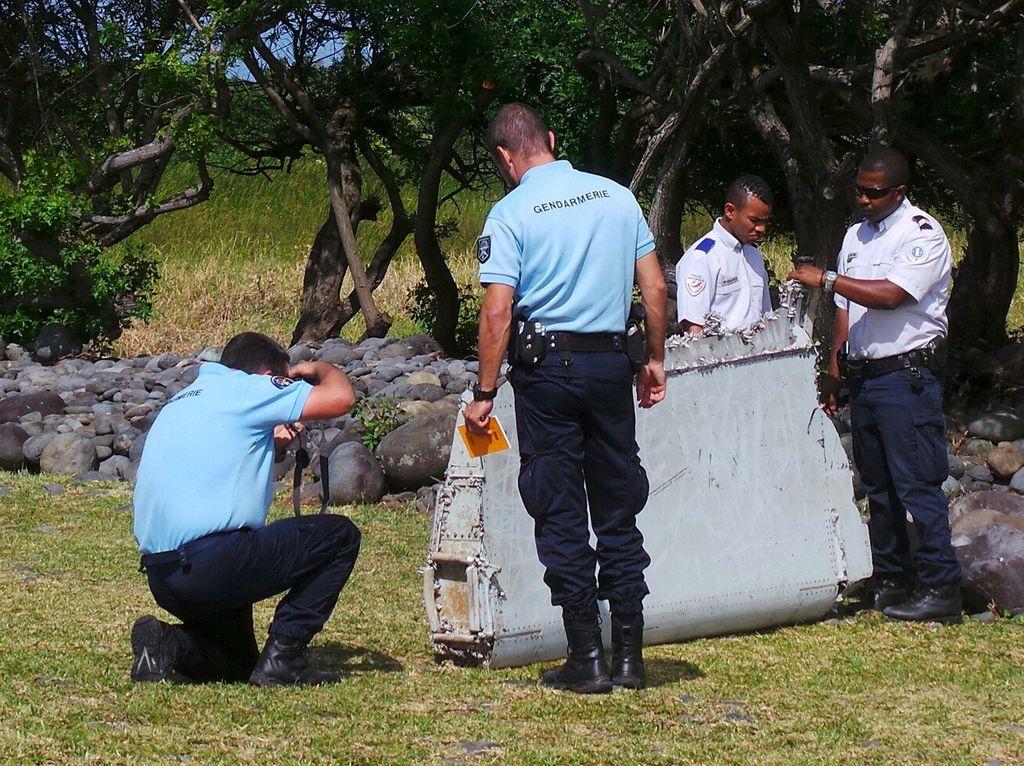 Australia Makin Yakin Puing yang Ditemukan di La Reunion Adalah MH370
