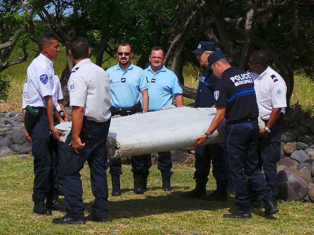 Dibawa ke Prancis, Puing Diduga Sayap MH370 Dianalisis Rabu Pekan Depan