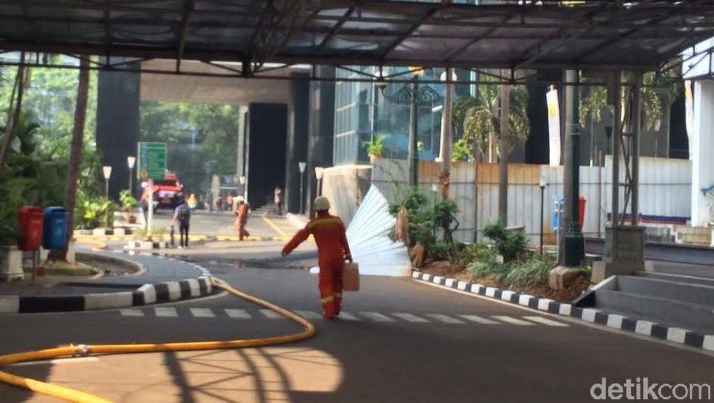Kantor Ditjen Pajak yang Terbakar Ditutup Sementara