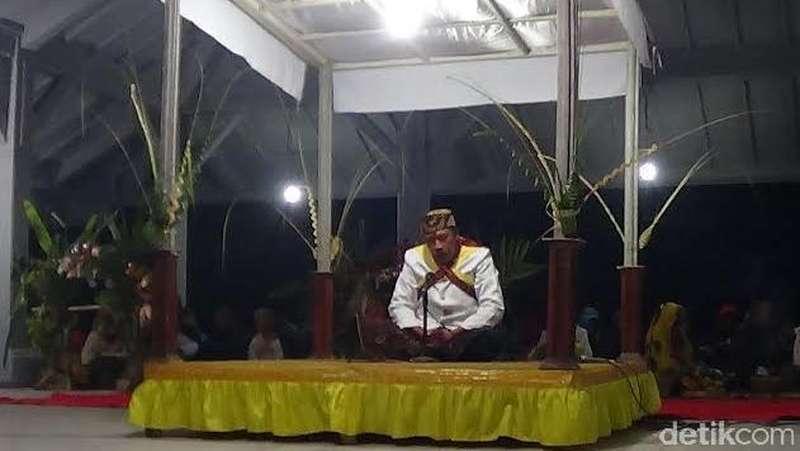 Ungkapan Syukur Warga Tengger dengan Ritual Yadnya Kasada