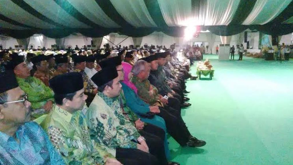 Jokowi dan Megawati Hadiri Pembukaan Muktamar NU di Jombang