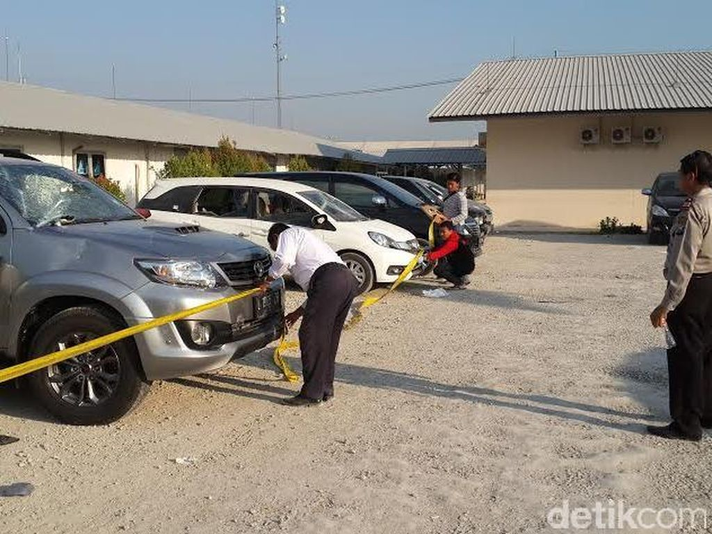 Pegawai Proyek di Blok Cepu Mengamuk, Rusak Mobil Sampai Lempari Bangunan