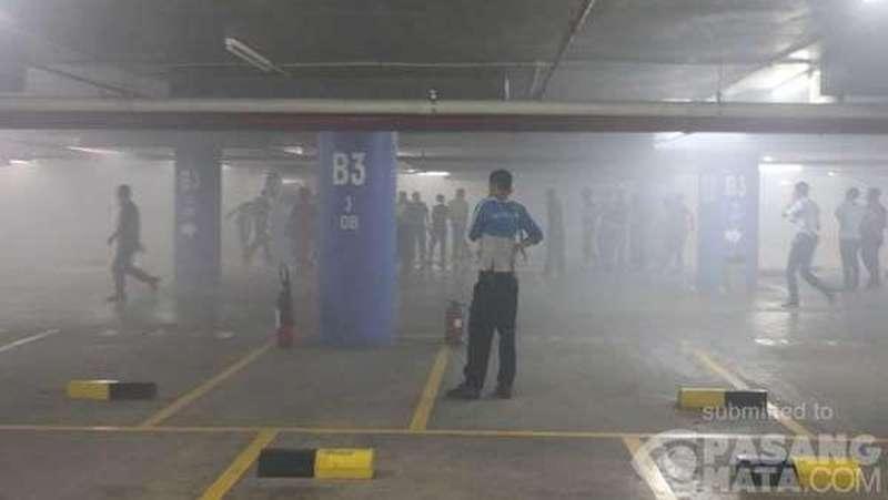 Hampir Bersamaan, Kebakaran Terjadi di Menara UOB dan Gedung BI