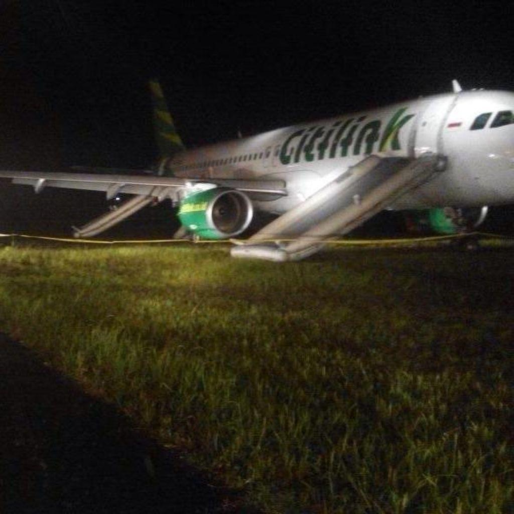 Pesawat Citilink yang Tergelincir di Bandara Minangkabau Terus Diupayakan Ditarik