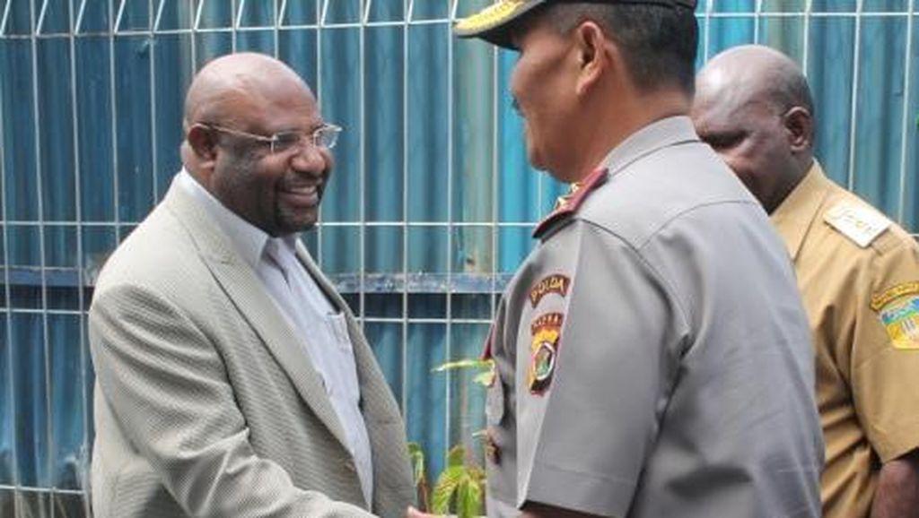 Presiden GIDI Diperiksa Polda Papua 4 Jam, Jemaat Setia Menemani