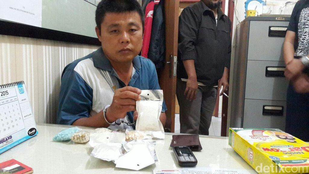 Polisi Tembak Petani yang Jadi Agen Sabu dan Ekstasi di Riau