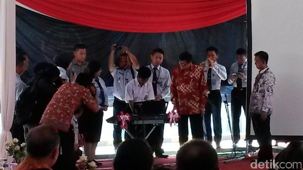 Beri Bantuan Alat Musik, Menkum HAM Berharap Anak-anak di LPKA Bandung Jadi Musisi