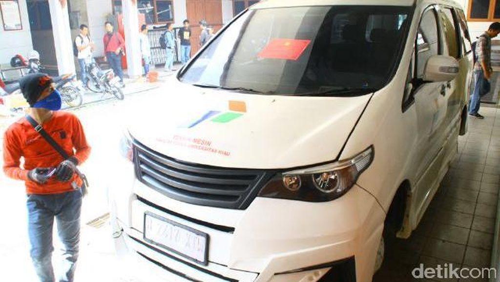 Kejagung Sita 3 Mobil Listrik dari Kampus UNRI di Pekanbaru