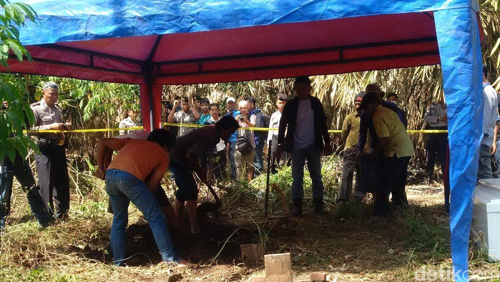 Warga Inhil Riau Geger Ada 6 Kuburan dalam Kondisi Terbongkar