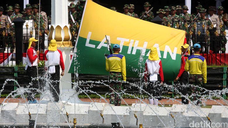 Kapolri dan Panglima TNI Ikut Gladi Bersih Upacara Kemerdekaan di Istana
