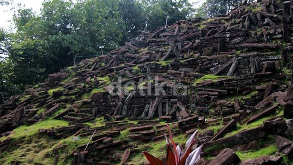 Ikuti Jejak Borobudur, Situs Gunung Padang Akan Didaftarkan Sebagai Warisan Dunia