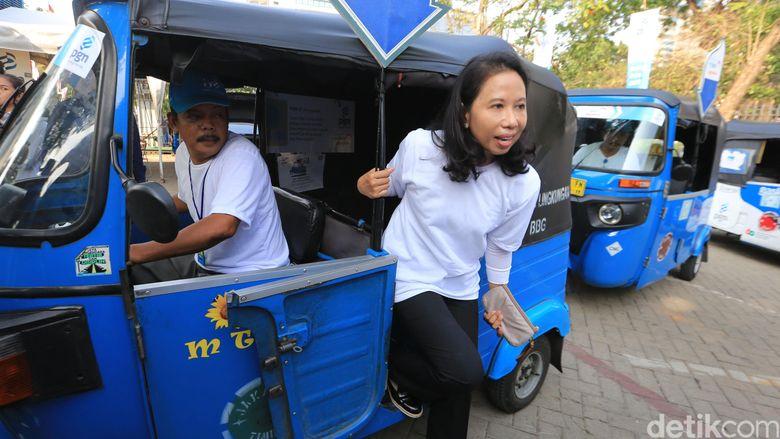 Minta Rini Soemarno Dicopot, Fadli Zon: Ganti dengan Orang Profesional