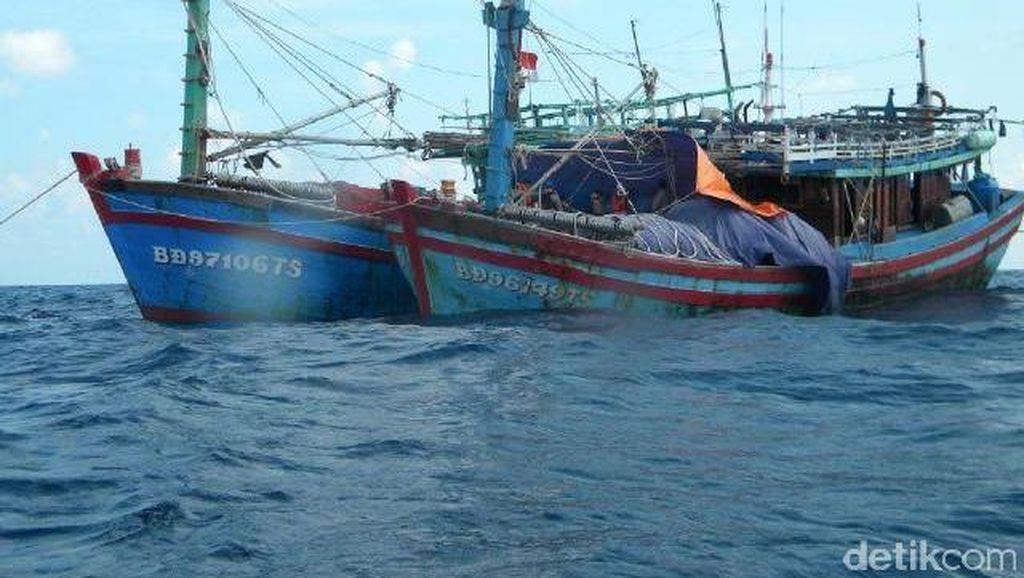 Diduga Curi Ikan di Perairan Natuna, 26 ABK Vietnam Ditangkap
