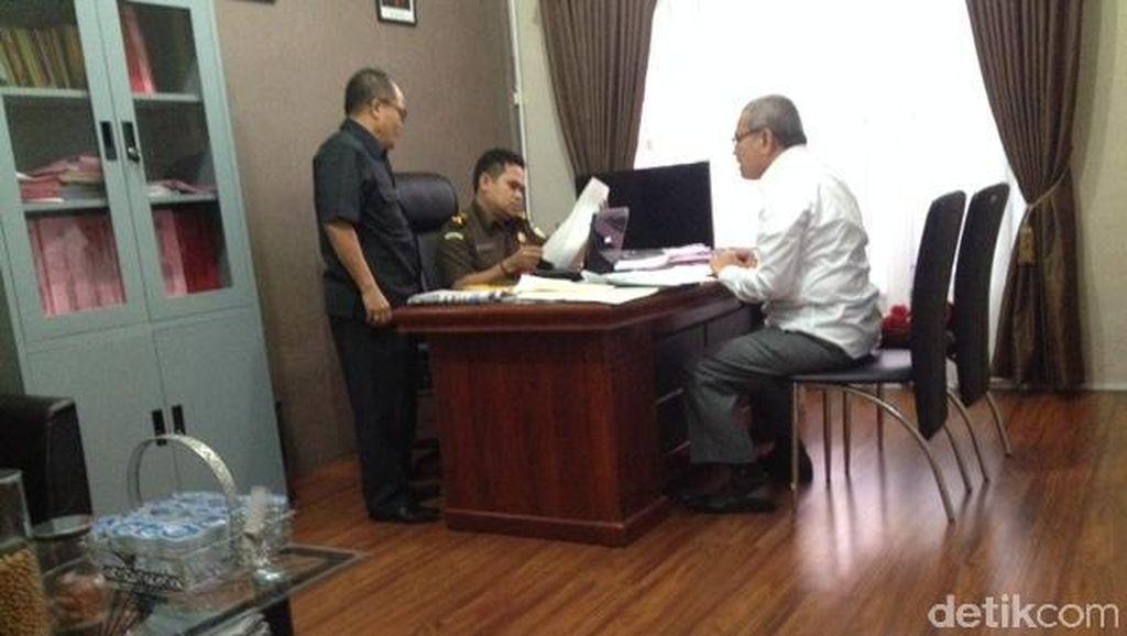Sekda Sumut Hasban Ritonga Diperiksa di Kejari Medan Terkait Kasus Bansos
