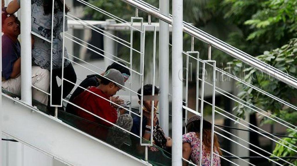 Tingkah Polah Remaja Jakarta Dalam Foto, Haruskah Dirisaukan?