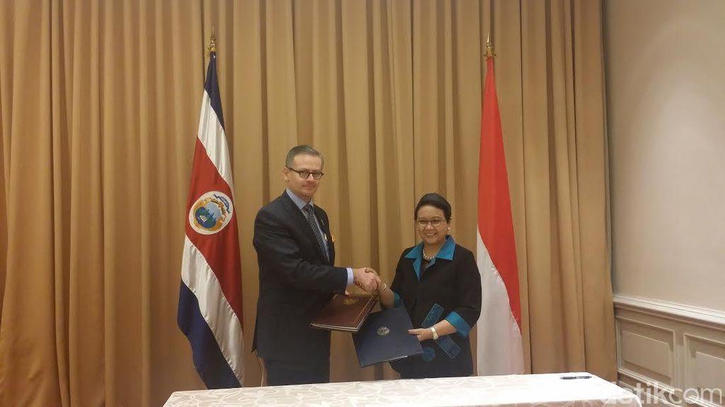 Menlu RI dan Kosta Rika Teken Perjanjian Kerangka Kerjasama