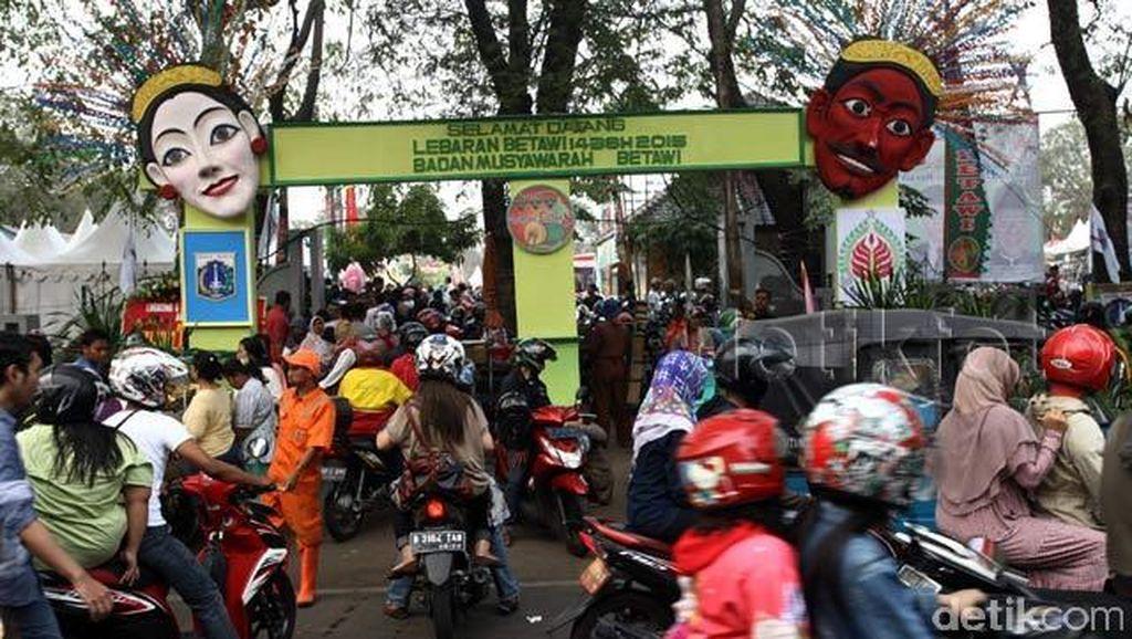Pengunjung Lebaran Betawi di Lapangan Banteng Meningkat 100 Persen