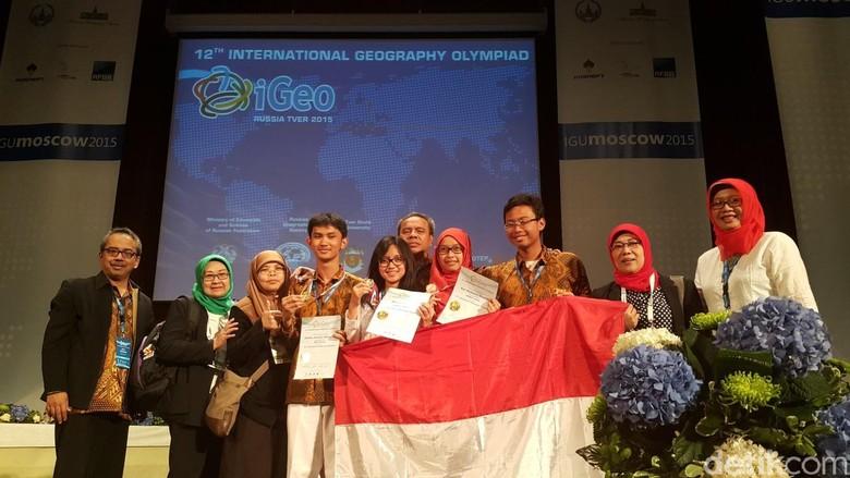 Putra-Putri Indonesia Menang Olimpiade Geografi Internasional di Rusia