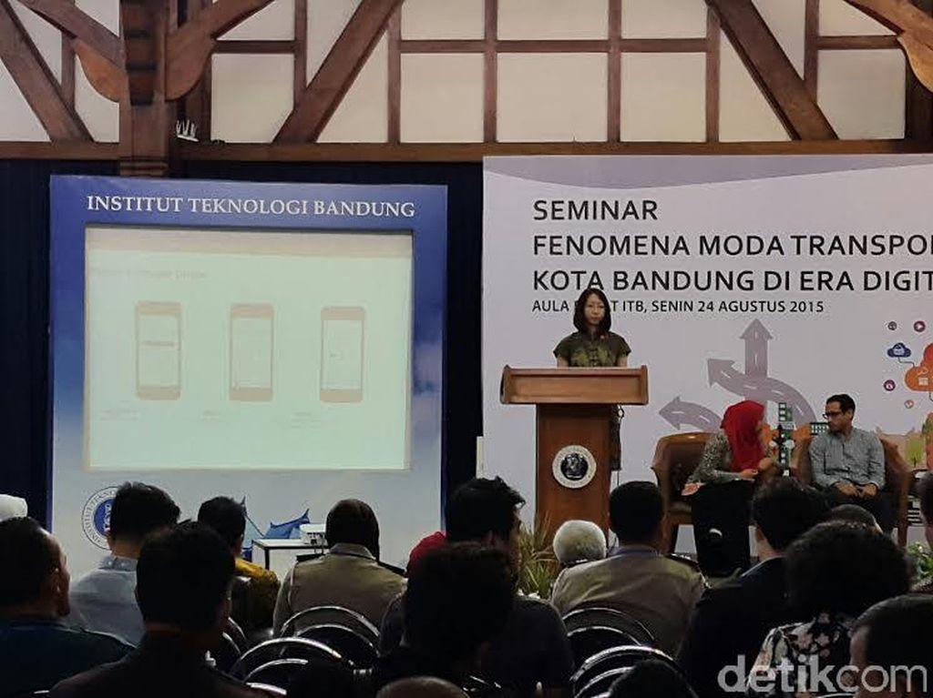 Ridwan Kamil Janji Pekan Depan Tentukan Nasib Go-Jek dan Uber di Kota Bandung