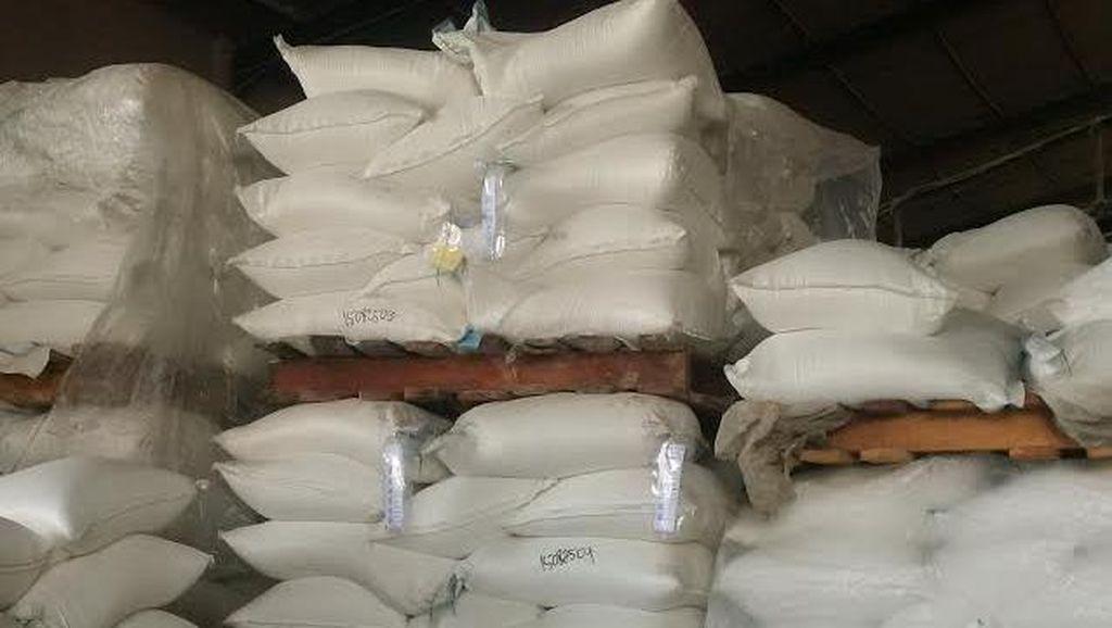 Polisi Bawa Sejumlah Salinan Dokumen Terkait Impor Garam PT UnichemCandi