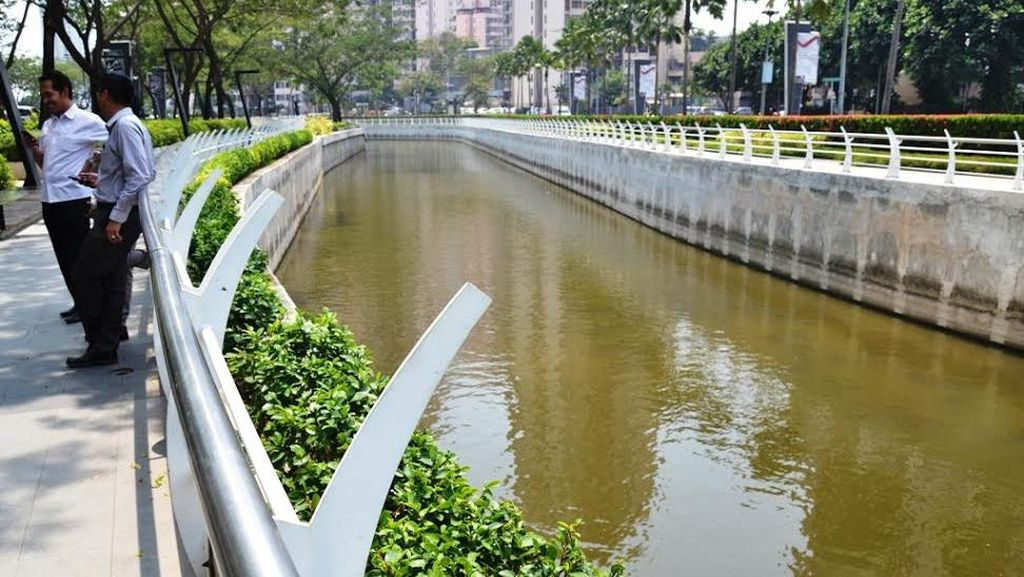 Ayo Tengok, ini Penampakan Sungai di Jantung Jakarta yang Bersih dan Keren