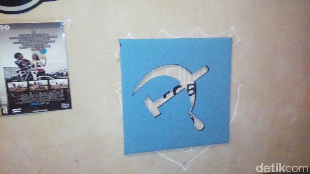 Ngaku Cuma Ikut-ikutan, Mahasiswa Pemasang Poster Palu Arit Dipulangkan