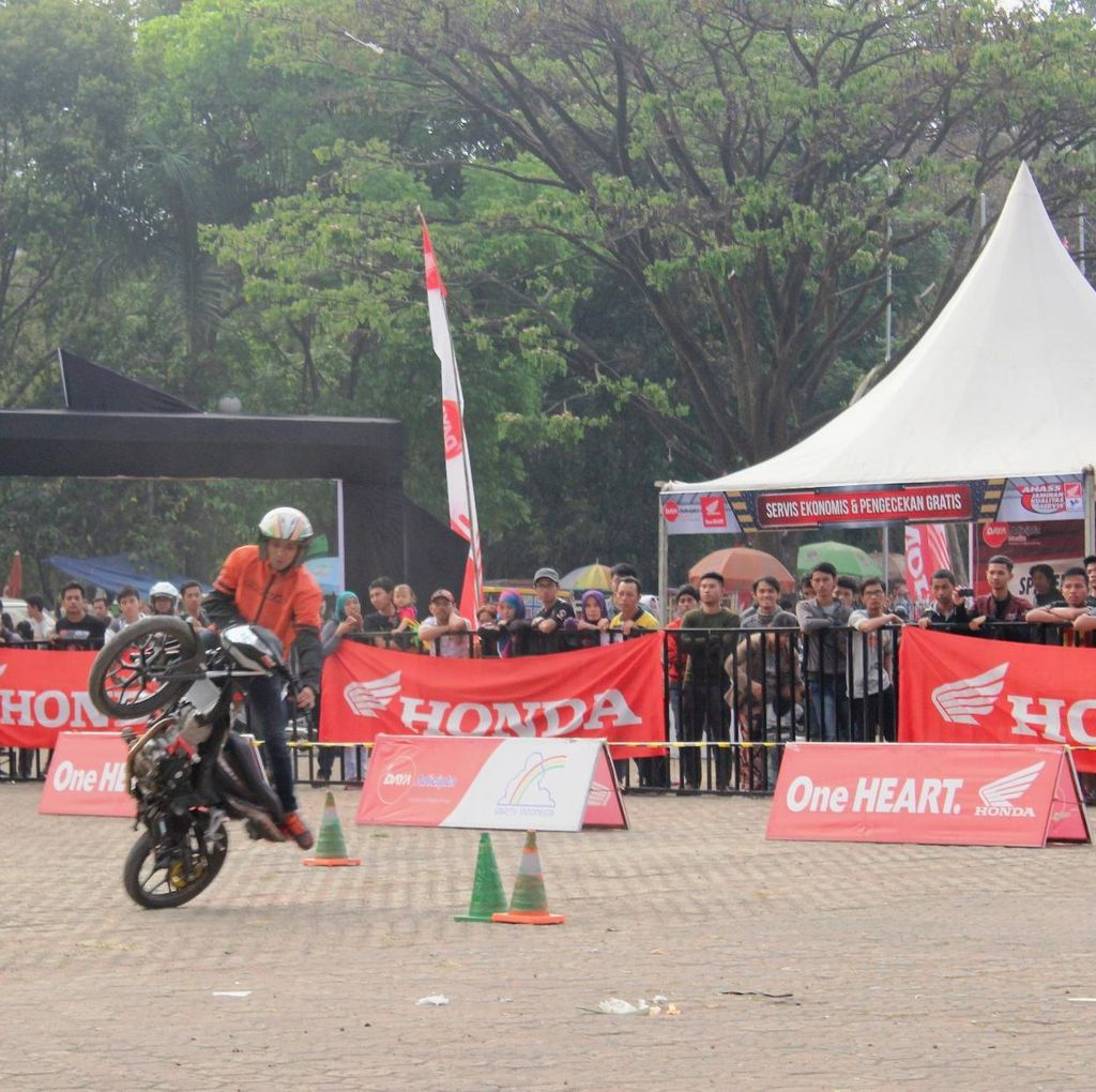 Honda Speed Heroes Show Gebrak Kota Bandung dan Solo