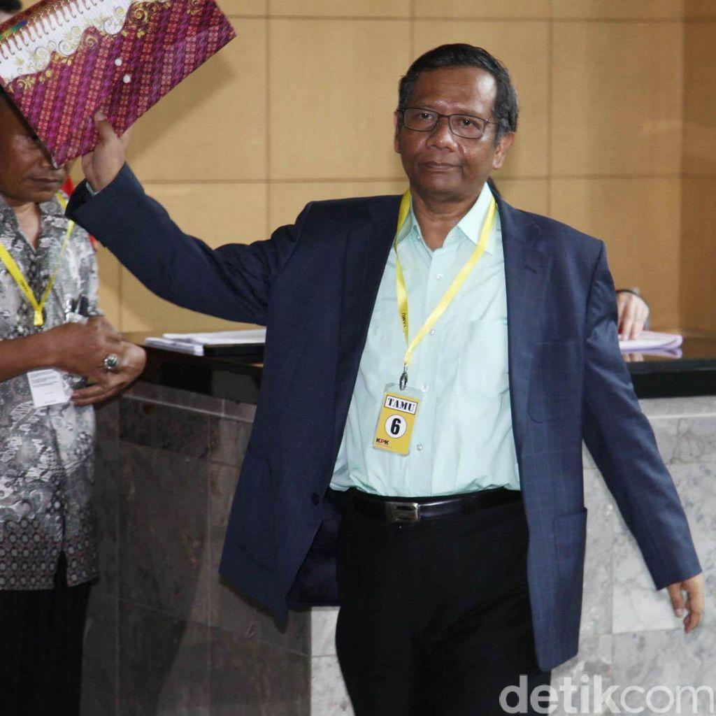 Datangi KPK, Mahfud MD Bicara Ancaman Kehancuran Indonesia Akibat Korupsi