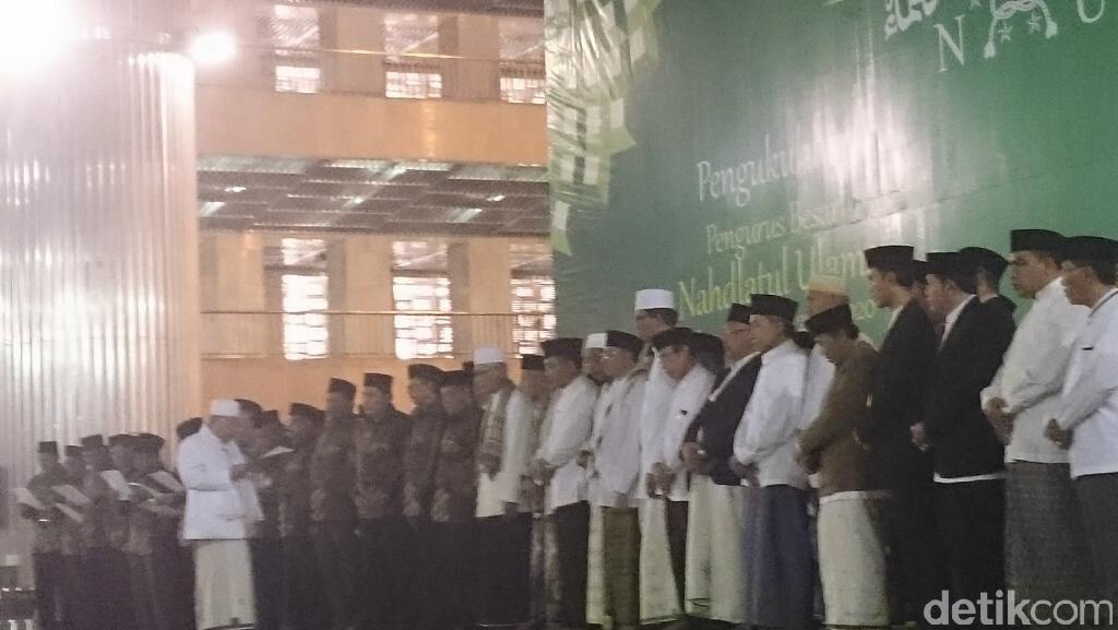 Rais Aam Kukuhkan Kepengurusan PBNU 2015-2020 Pimpinan Said Aqil