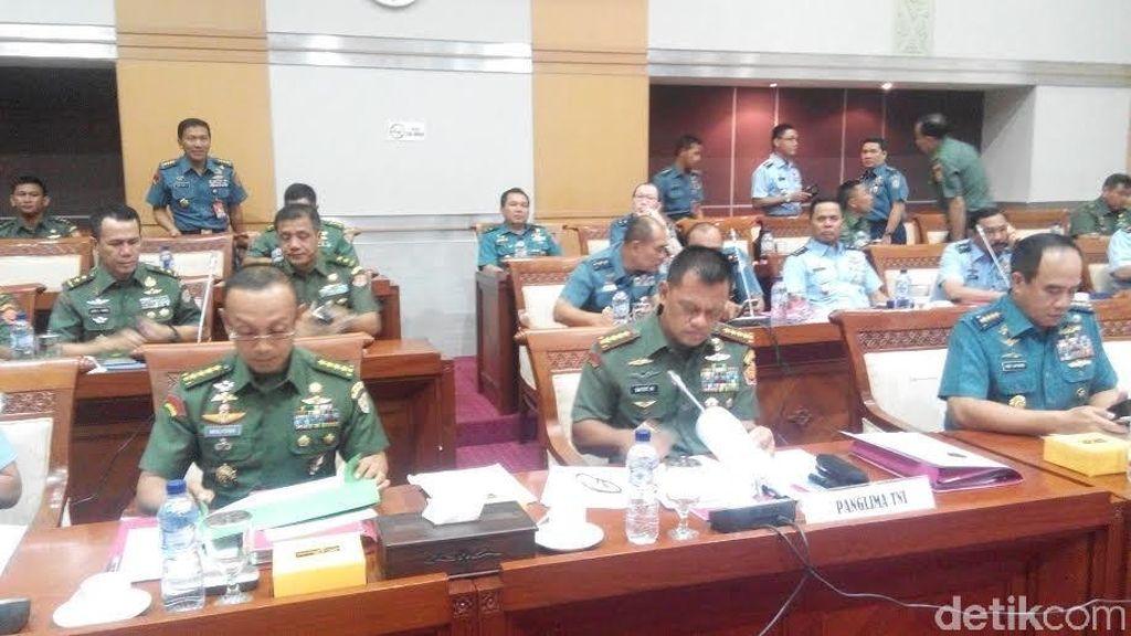 Bahas Anggaran TNI, Jenderal Gatot Rapat Perdana dengan Komisi I DPR