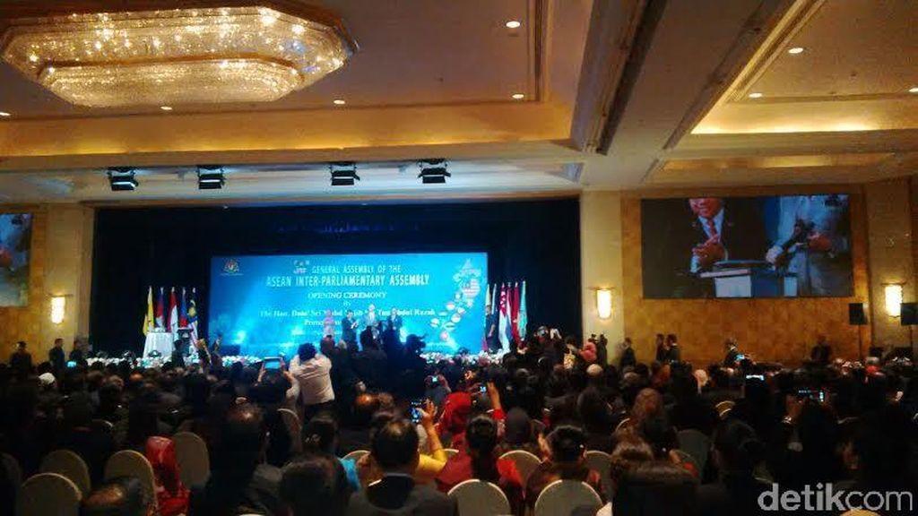 Lewat Forum AIPA, Delegasi Indonesia Perjuangkan Gaji TKI di Malaysia