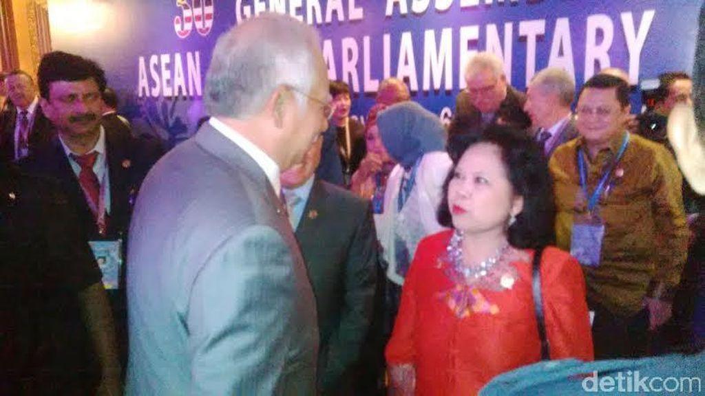 Ketua Delegasi Parlemen Indonesia ke PM Najib: Jadi Tetangga yang Baik