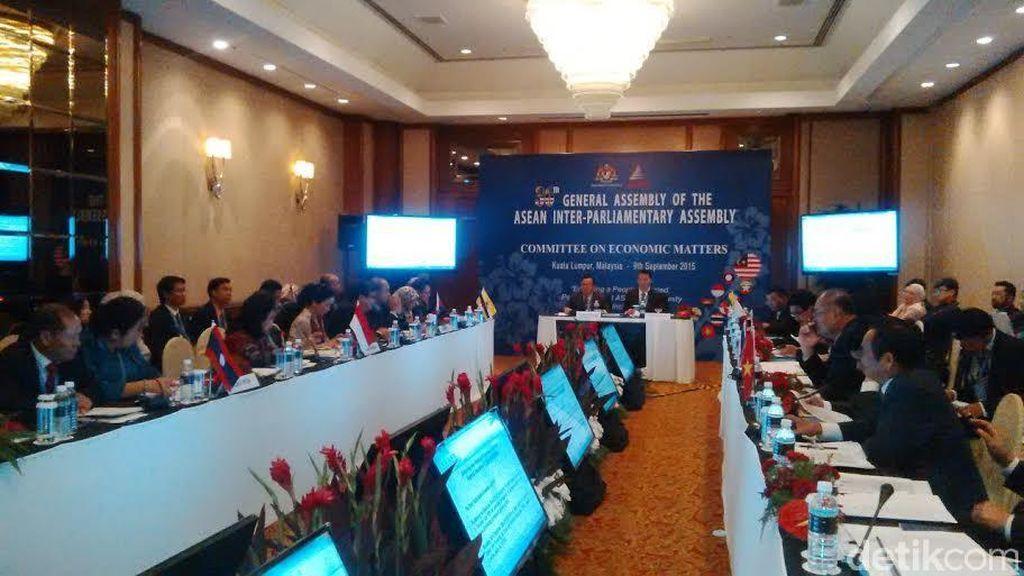 Ide Politik dan Ekonomi Indonesia Diterima di Sidang Join Communique AIPA