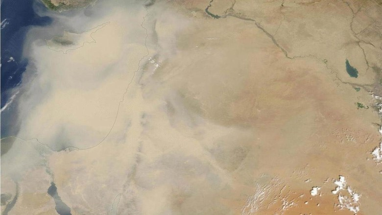 Dahsyat! Ini Penampakan Badai Pasir Timur Tengah Dilihat dari Angkasa