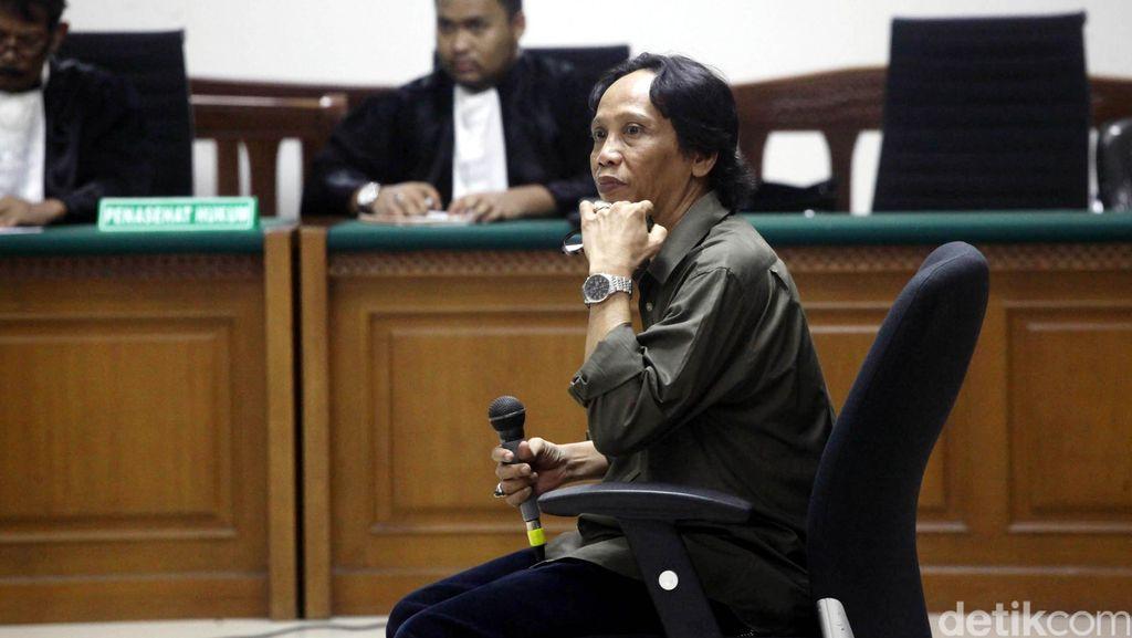 Jaksa Belum Siap, Sidang Tuntutan Komedian Mandra Ditunda