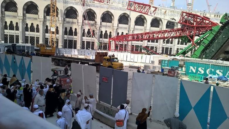 Insinyur Saudi: Crane Jatuh di Masjidil Haram karena Kehendak Tuhan