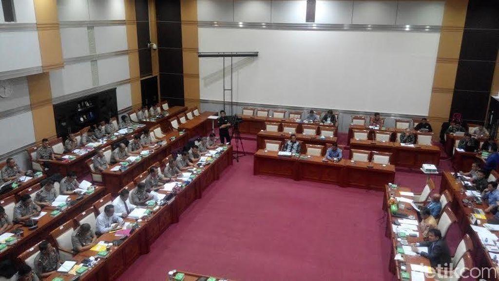 Rapat dengan Komisi III, Kapolri Minta Tambahan Anggaran Rp 20 T