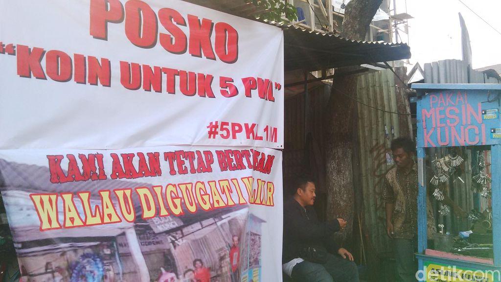 Absen Dipanggil Keraton, Pengusaha Eka Batal Dipertemukan dengan PKL