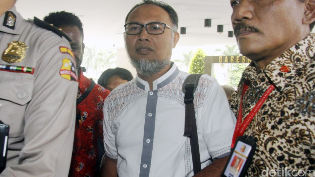 Bambang Widjojanto: Sistem Rekrutmen Parpol Tentukan Kualitas Anggota
