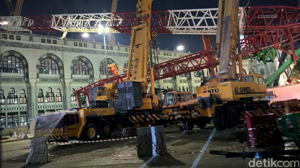 Crane Raksasa yang Terjungkal di Masjidil Haram Mulai Dibongkar