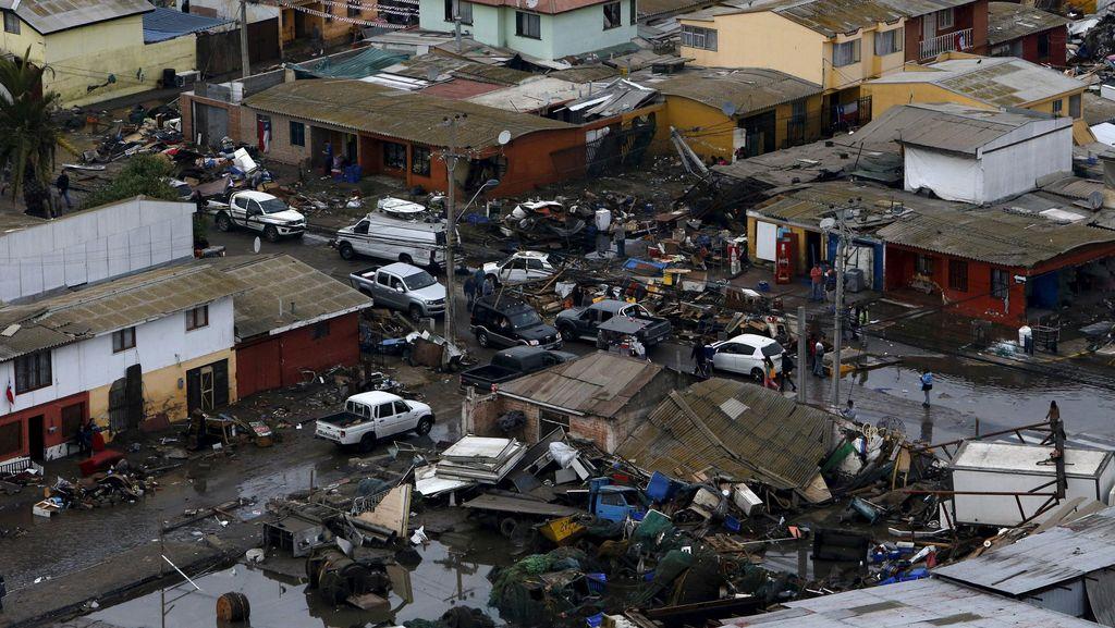 9 Ribu Warga Chile Kehilangan Rumah Akibat Gempa 8,3 SR