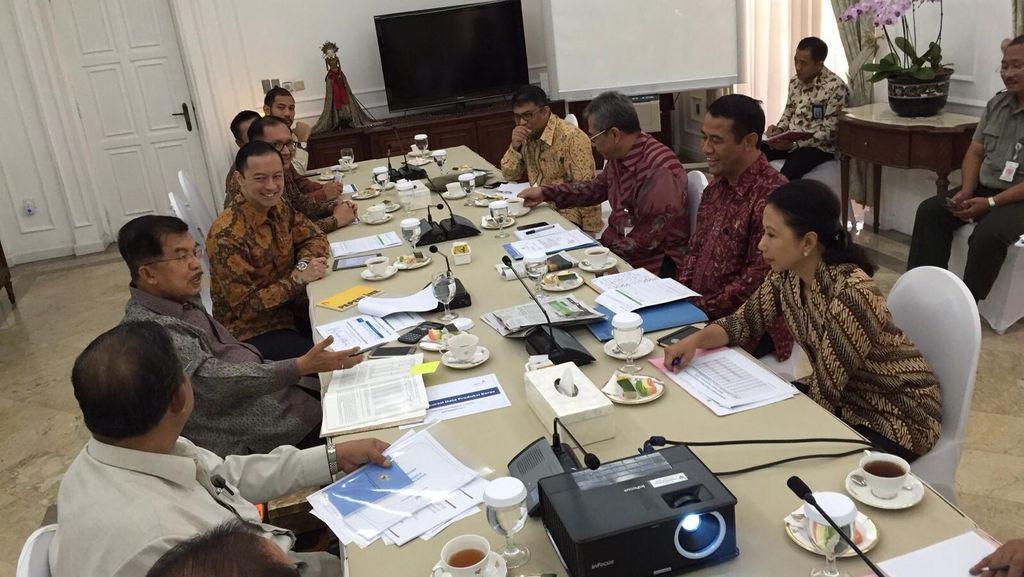 JK Pimpin Rapat El Nino dengan Sejumlah Menteri di Rumah Dinas