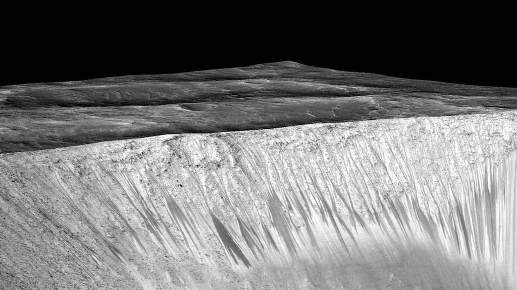 Temuan Air di Mars dan Misteri Kehidupan Lain di Luar Bumi